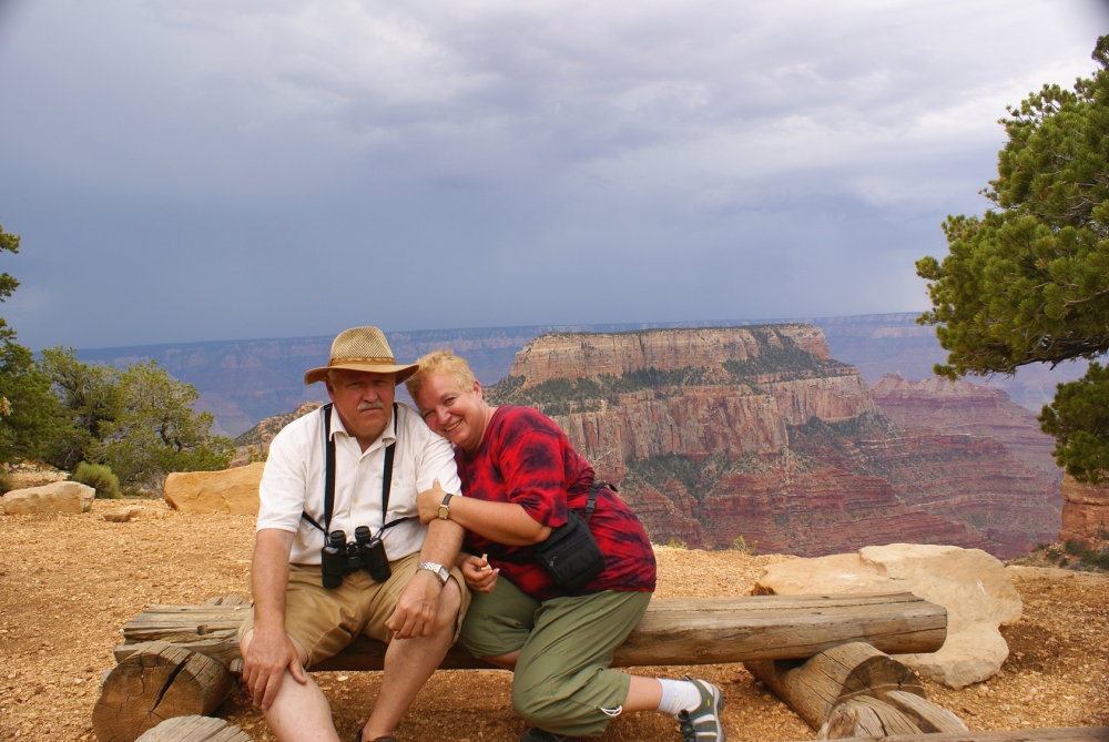 Elderly couple in Grand Canyon
