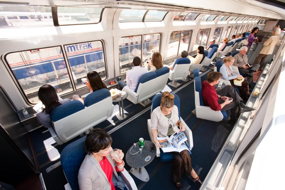 Superliner Sightseer Lounge - Travelers